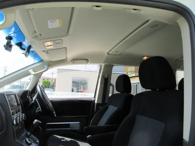 G プレミアム 4WD ドライブレコーダー 純正MMCSナビ フルセグTV 全周囲マルチアラウンドビューモニター ロックフォードプレミアムサウンド 両側パワースライドドア パワーリアゲート ETC パワーシート(19枚目)
