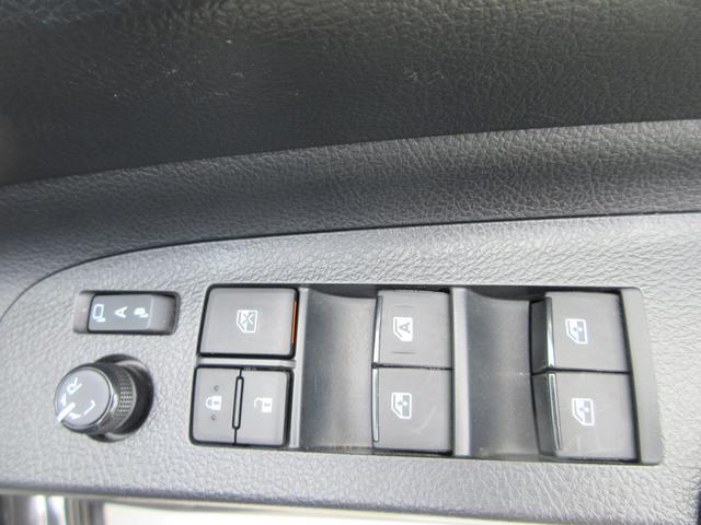 ハイブリッドG クエロ セーフティセンス 禁煙 純正ナビフルセグTV バックガイドモニター 12.1インチ純正フリップダウンモニター 両側パワードア モデリスタエアロ クリアランスソナー LEDヘッドライトシステム(19枚目)