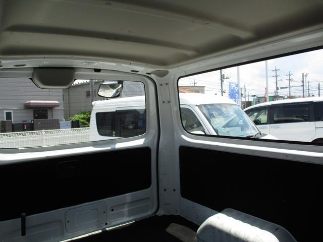 ロングDX 純正ナビゲーション バックモニター Bluetoothオーディオ ETC CD エマージェンシーブレーキ キーレスキー2個 ハロゲンヘッドライトシステム オートエアコン 6人乗り レンタカーアップ車(16枚目)