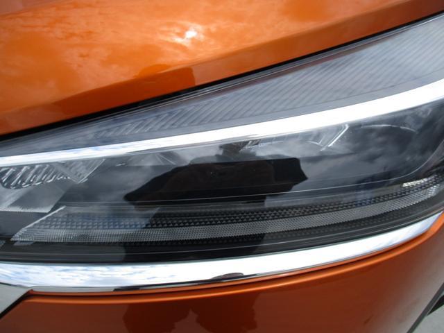 X ツートーンインテリアエディション 禁煙車 プロパイロット 純正9インチナビフルセグTV 全周囲アラウンドビューカメラ 連動ETC レザーコンビシート ブルートゥース シートヒーター LEDヘッドライトシステム インテリジェントキー(8枚目)