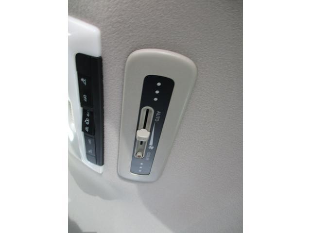 2.0G 禁煙車 純正ナビフルセグTV 全周囲アラウンドビューカメラ DVD再生 ETC 両側パワードア LEDヘッドライトシステム クリアランスソナー エマージェンシーブレーキ レーンキープ(10枚目)