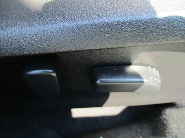 2.0i-L アイサイト ブラックレザーエディション4WD 外ナビDV バックカメラ サイドカメラ 本革シート パワーシート 4センサー スマートキー LEDヘッドライトシステム クルーズコントロール アイサイトVER3(17枚目)
