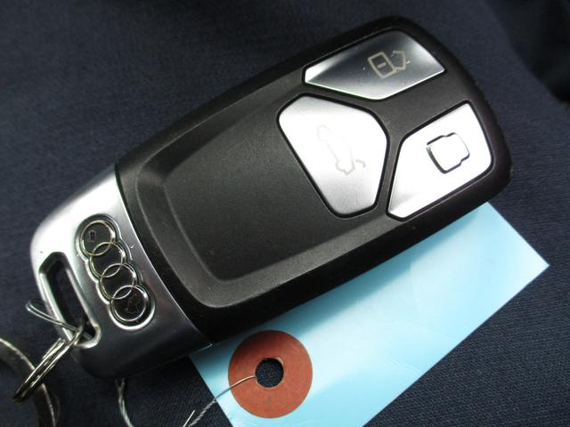 2.0TFSIスポーツ Sラインパッケージ 禁煙車両 1オーナー 純正ナビフルセグTV バックモニター ブルートゥース ETC ドライブレコーダー クルーズコントロール アダクティブクルーズコントロール(32枚目)