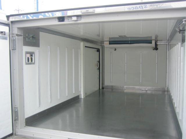 冷蔵冷凍車 中温冷凍車 4ナンバーサイズ冷凍車(6枚目)