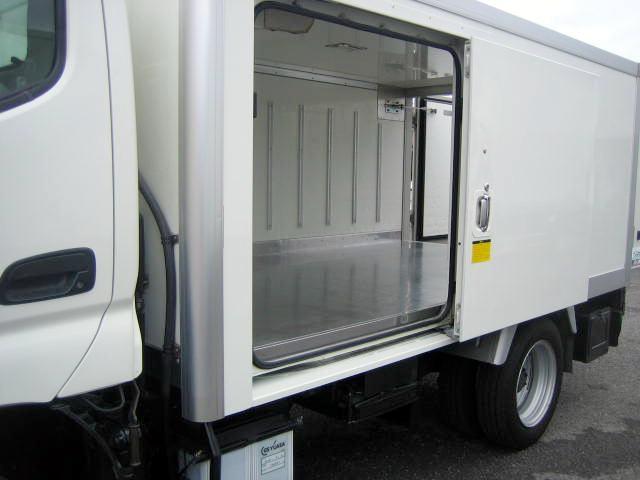 冷蔵冷凍車 中温冷凍車 4ナンバーサイズ冷凍車(8枚目)