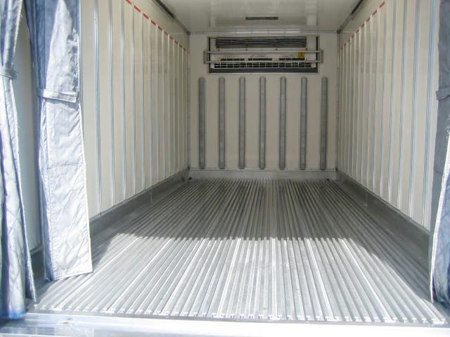 冷蔵冷凍車 低温冷凍車 スタンバイ付冷凍車(8枚目)
