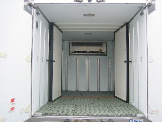 荷室長305.幅168.高168.2室仕様(ドアは取外し可能)