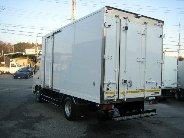 冷蔵冷凍車 低温冷凍車 2室仕様冷凍車(4枚目)