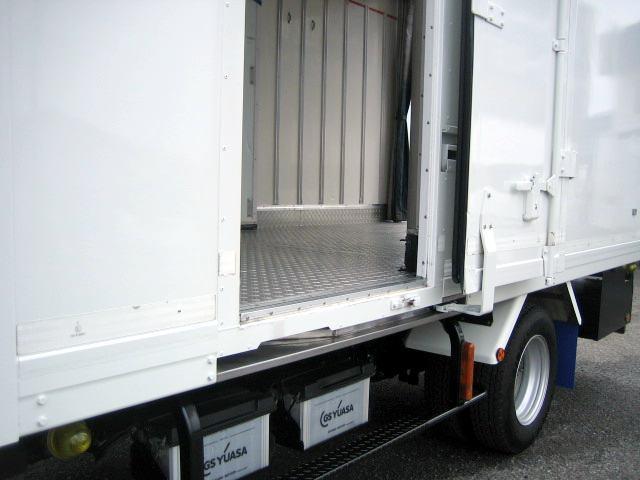 冷蔵冷凍車 中温冷凍車 ワイドロング冷凍車(11枚目)