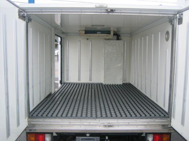 冷蔵冷凍車 中温冷凍車 -7度設定冷凍車(5枚目)