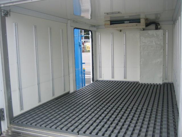 冷蔵冷凍車 中温冷凍車 -7度設定冷凍車(6枚目)