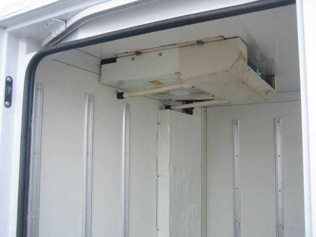 冷蔵冷凍車 中温冷凍車 -7度設定冷凍車(8枚目)