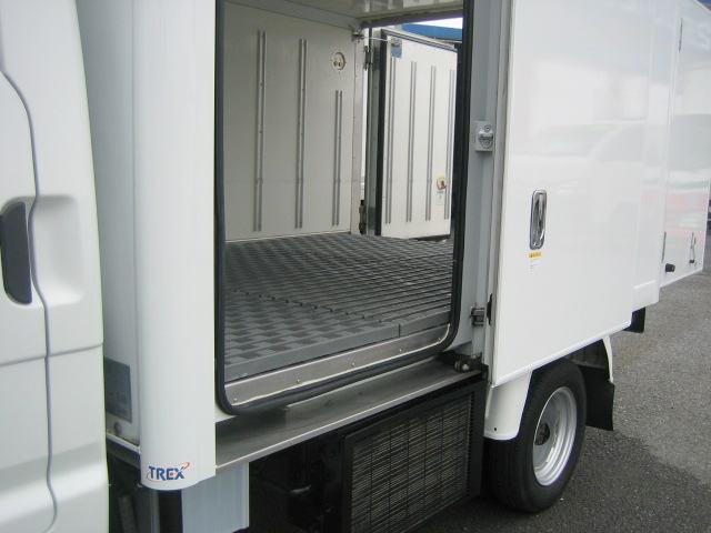 冷蔵冷凍車 中温冷凍車 -7度設定冷凍車(9枚目)