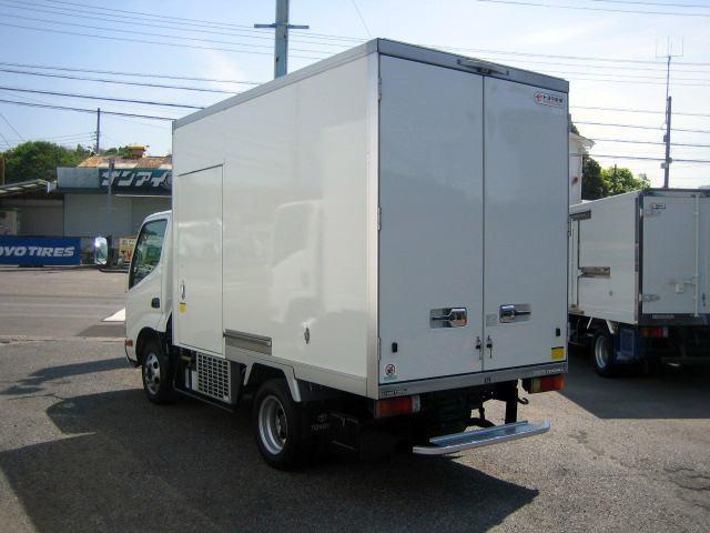 冷蔵冷凍車 低温冷凍車 オートマ限定対応冷凍車(4枚目)