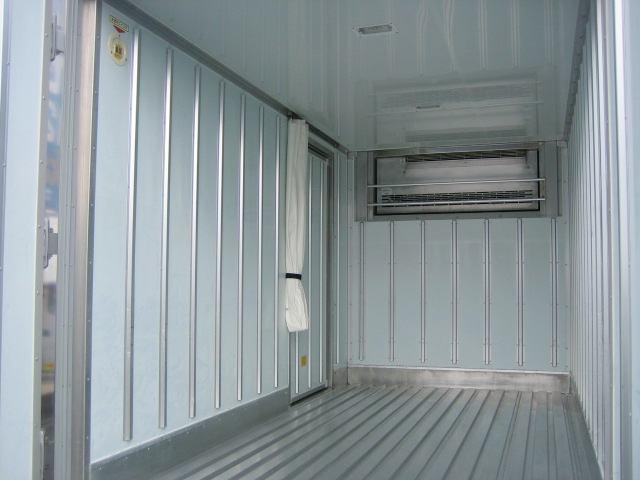 冷蔵冷凍車 低温冷凍車 オートマ限定対応冷凍車(6枚目)