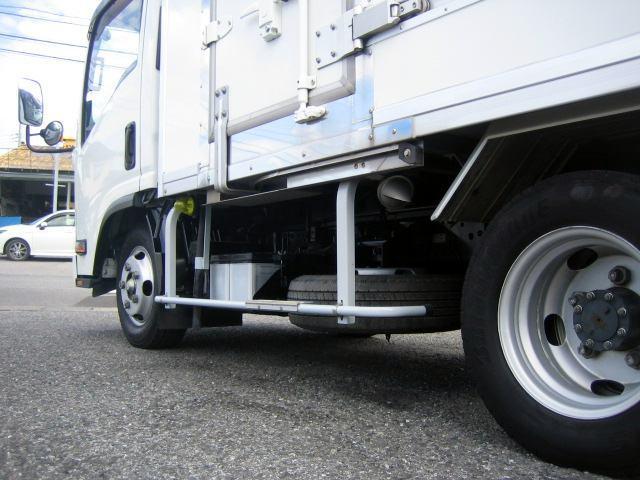 冷蔵冷凍車 低温冷凍車 オートマ限定対応冷凍車(10枚目)