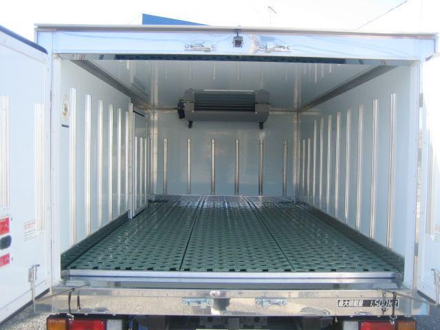 冷蔵冷凍車 低温冷凍車 スタンバイ付 オートマ限定対応冷凍車(5枚目)