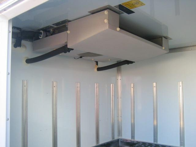 冷蔵冷凍車 低温冷凍車 スタンバイ付 オートマ限定対応冷凍車(9枚目)
