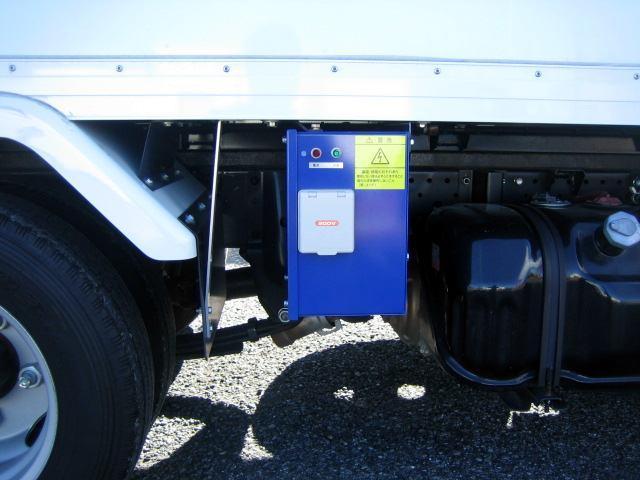 冷蔵冷凍車 低温冷凍車 スタンバイ付 オートマ限定対応冷凍車(15枚目)