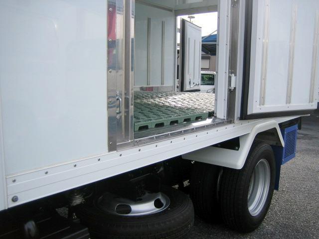 冷蔵冷凍車 低温冷凍車 スタンバイ付 4ナンバーサイズ冷凍車(8枚目)