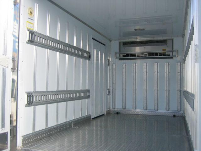 冷蔵冷凍車 低温冷凍車 スタンバイ付冷凍車 オートマ限定対応(6枚目)