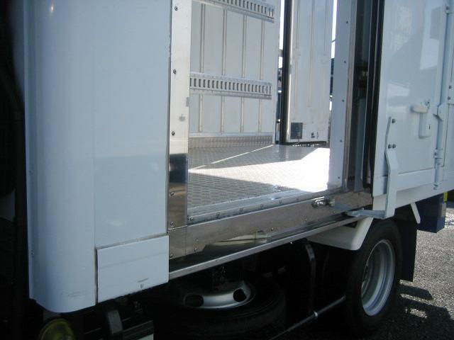 冷蔵冷凍車 低温冷凍車 スタンバイ付冷凍車 オートマ限定対応(8枚目)