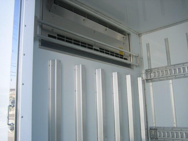 冷蔵冷凍車 低温冷凍車 スタンバイ付冷凍車 オートマ限定対応(10枚目)