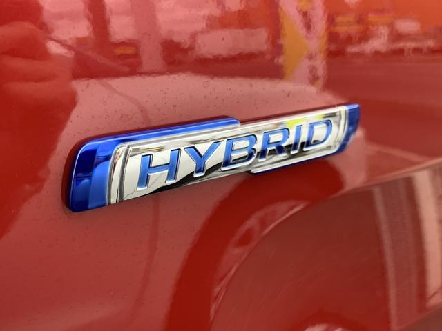 ハイブリッド車♪低燃費♪