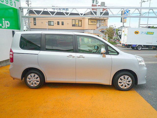 トヨタ ノア X スマートエディション 禁煙車 後カメラ 両側自動ドア