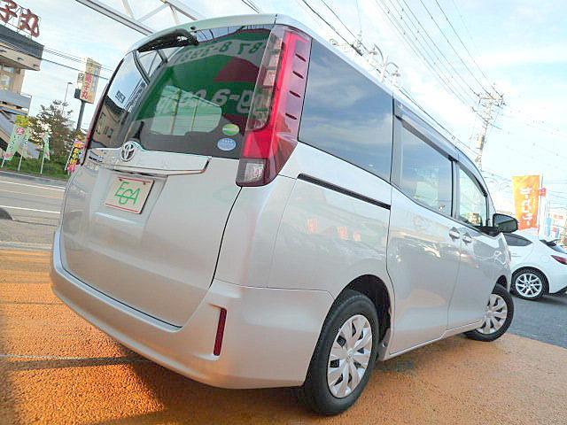 トヨタ ノア X 禁煙車 SDナビ 自動ドア i-stop
