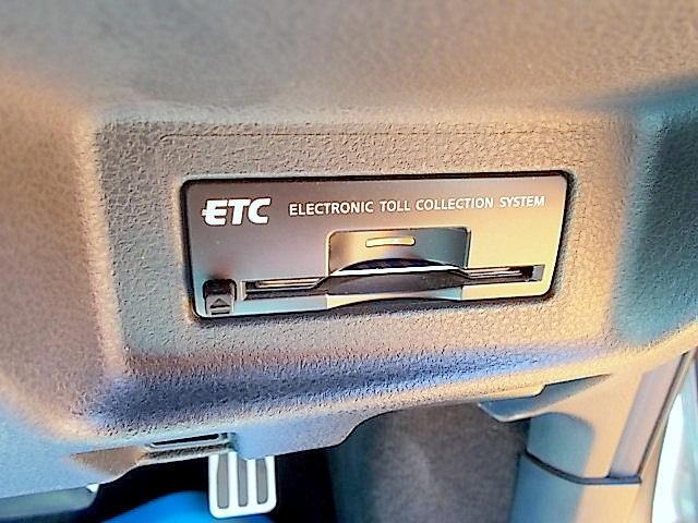 日産 GT-R プレミアムED 純HDDナビ ETC ヒーター付き電動シート
