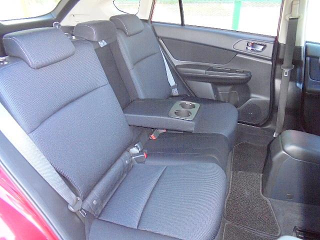 スバル インプレッサスポーツ 1.6i-L 1オーナー 社外SDナビ ETC
