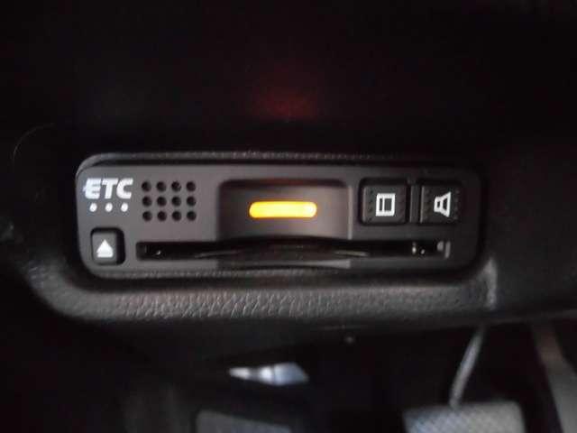 ETCも標準装備!今や長距離ドライブ必須のアイテムですね。