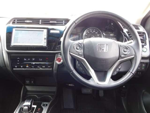 ハイブリッドLX・ホンダセンシング ホンダ認定中古車 2年保証 後期型 トランクスポイラー 純正15インチアルミホイール 純正メモリナビ バックカメラ 純正ドライブレコーダー Bluetooth 禁煙 ワンオーナー(2枚目)