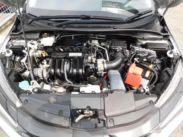 ハイブリッドLX・ホンダセンシング ホンダ認定中古車 2年保証 後期型 トランクスポイラー 純正15インチアルミホイール 純正メモリナビ バックカメラ 純正ドライブレコーダー Bluetooth 禁煙 ワンオーナー(17枚目)