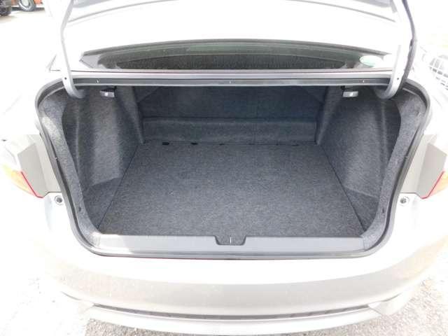 ハイブリッドLX・ホンダセンシング ホンダ認定中古車 2年保証 後期型 トランクスポイラー 純正15インチアルミホイール 純正メモリナビ バックカメラ 純正ドライブレコーダー Bluetooth 禁煙 ワンオーナー(18枚目)