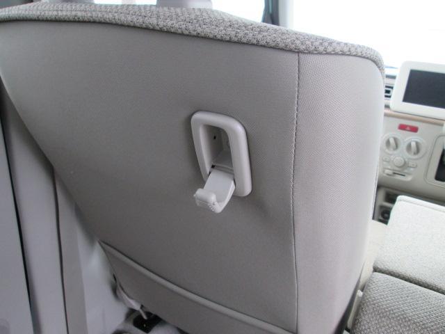 助手席シートバックショッピングフック(コンビニ袋を掛けるのに便利です)