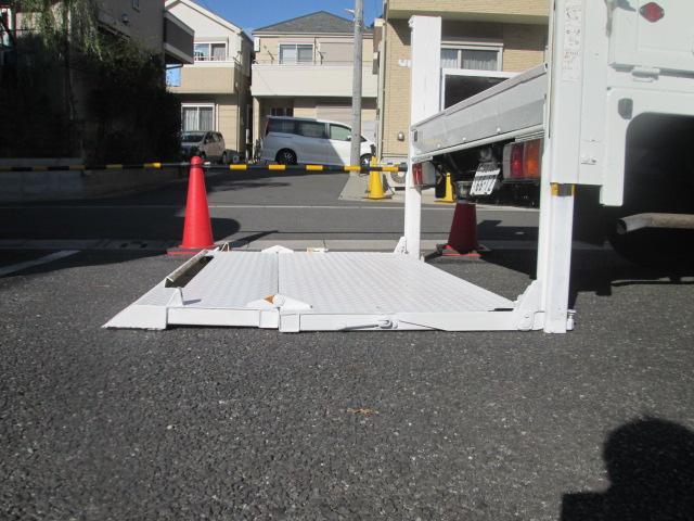 ワイドキャブロングDX 全低床垂直パワーゲート 2t AT車(7枚目)