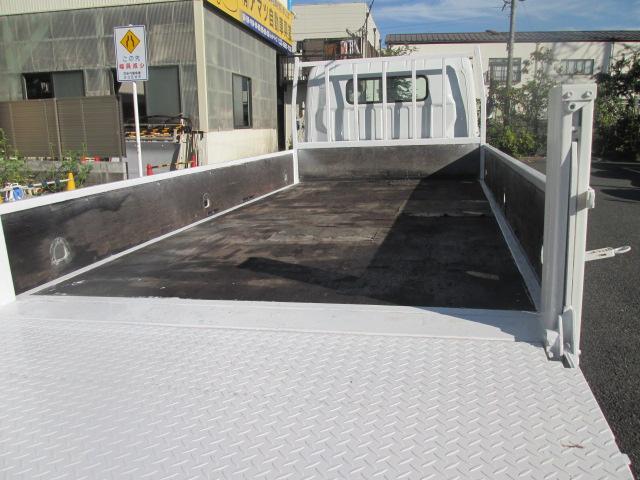 ワイドキャブロングDX 全低床垂直パワーゲート 2t AT車(11枚目)