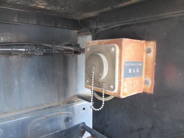 高所作業車 絶縁バケット アイチAT-100TT(17枚目)
