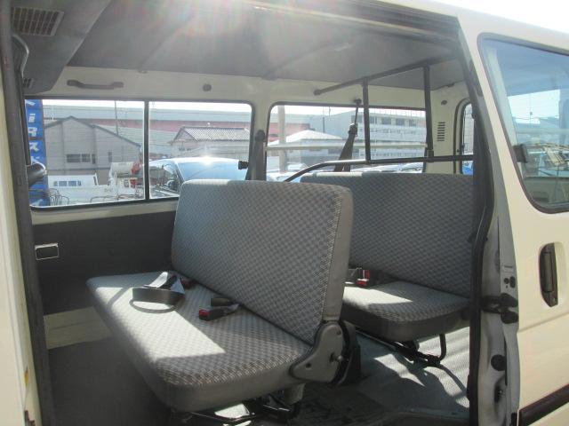 ロングDX GLパッケージ9人乗WAC3列シート4ナンバー(6枚目)