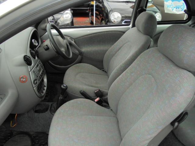 ヨーロッパフォード ヨーロッパフォード Ka ベースグレード 5速マニュアル  ETC