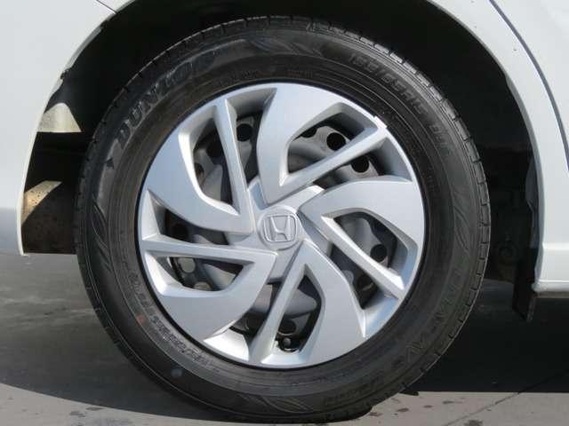 タイヤサイズは 185 65R15 です!