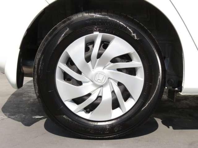 タイヤサイズは 175-70-14 です!