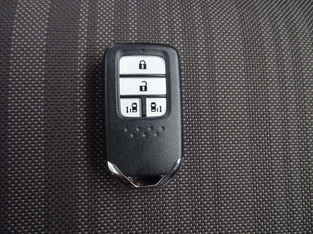 ハイブリッド・Gホンダセンシング デモカーアップ 両側電動スライドドア 純正ナビ アダプティブ・クルーズ・コントロール 無料保証2年付き走行距離無制限 ETC バックカメラ 衝突軽減ブレーキ(18枚目)