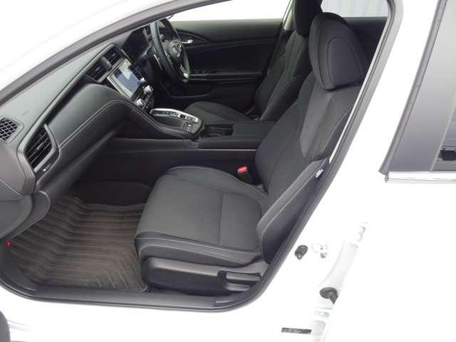 LX 認定中古車 ワンオーナーHonda SENSING Hondaインターナビ+リンクアップフリー+ETC2.0車載器 電子制御パーキングブレーキ シートヒーター(16枚目)