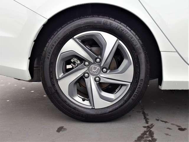 LX 認定中古車 ワンオーナーHonda SENSING Hondaインターナビ+リンクアップフリー+ETC2.0車載器 電子制御パーキングブレーキ シートヒーター(20枚目)