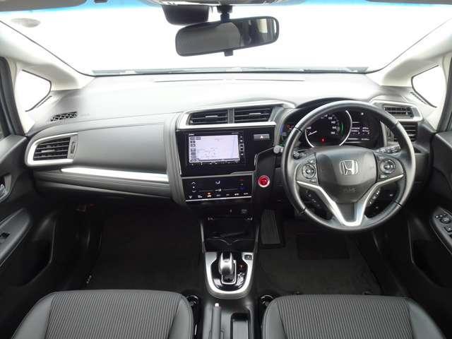 L ホンダセンシング レンタカー使用車 ドアバイザー クルーズコントロール ギャザズナビ ETC バックカメラ(8枚目)