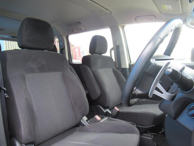 自社積載車も完備しておりますので万が一の時は当社スタッフが代車をお持ちしてお客様の自宅までお引き取りさせていただきます。