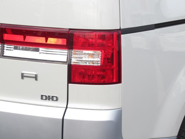 D プレミアム SD型純正マルチナビ CD/DVD再生 地デジ BTオーディオ USB接続 両側パワスラ ロックフォードサウンド F/S/Rカメラ エレクトリックテールゲート 電動サイドステップ(60枚目)